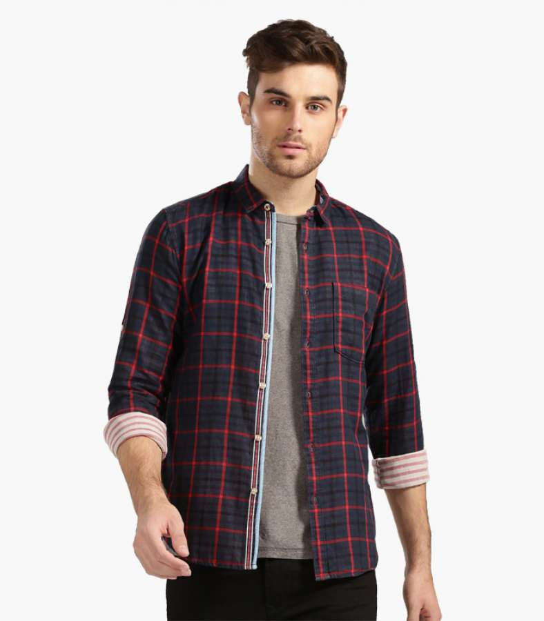 Men Navy & Red Checked Slim Fit Casual Shirt
