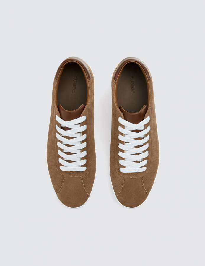 BROWN SNEAKERS WITH PATCH
